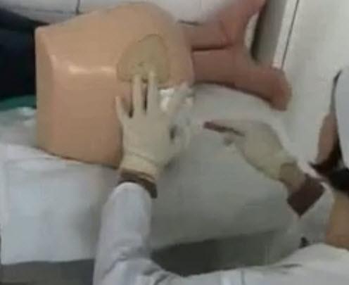 v-ginekologii-vstavlyayut-klizmu-smotret-onlayn-pornoaktrisa-eypril-makkenzi